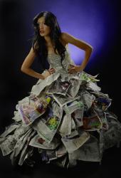 bayu muharam - newspaper girls