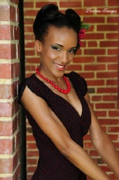 MZ.RED BONE - vintage looks from the 1920s- 1970s