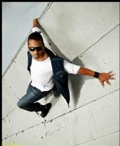 Vinicio Estrada Photos - mario (dance your ass off)