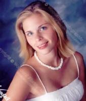 Brooke Saylor - A SENIOR PICTURE