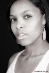 Joanna Lynae - Black and White Headshot