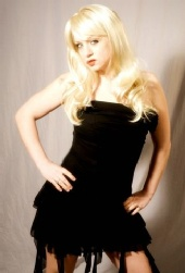 GWEN - Love this pic and yes it is a wig