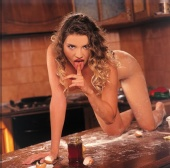 Thea - Miss September 2002
