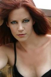 Amanda - The Look