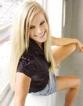 Michaiah - Black shirt, denim skirt