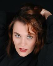 Liz Venus - Headshot