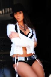 Kayce Gibson - Glamour