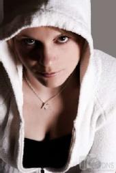 shay-lynn - hoodie