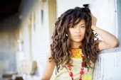 Valerie June - Red, Red and more Red