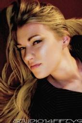Becca Hoeschen - NATURAL BEAUTY