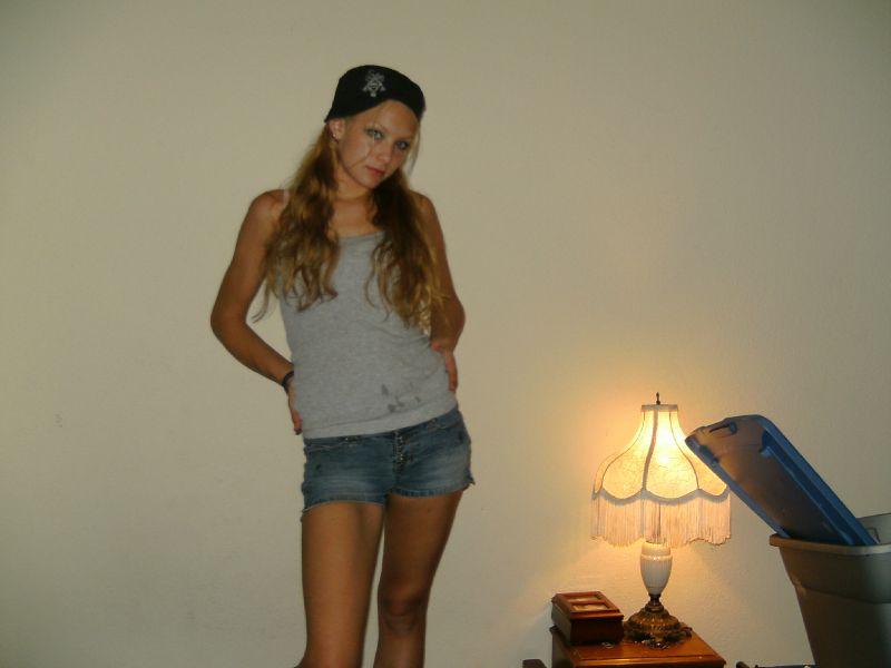 Leigh - Me