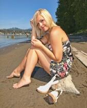 Shayla R - Beach Front