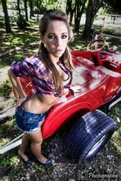 Fefe - '27 Roadster hot rod