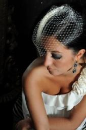 Britta - Modern Wedding