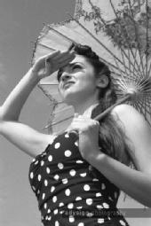 Ashlie Jump - parasol