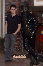 Tom - Tom meets Lennon
