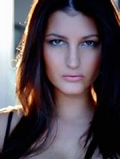Emma Twigg - Headshot