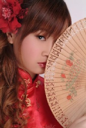 Sara Ayumi - headshot - Shu Uemura Cosmetic