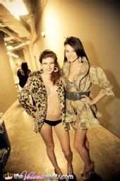 Peek-A-Boo couture - Fashion Show