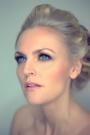Helle / Hai Li - Elegant by Makeup Pro