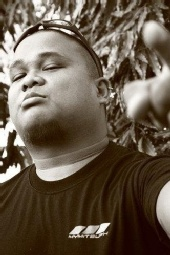Jay Niduaza