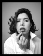 Warfare01  - Elle - lipstick mirror tm