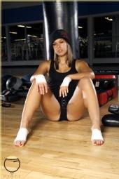 NYCHOLE - Fitness Boxing Scene