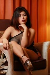 Lexi Ang - Seated